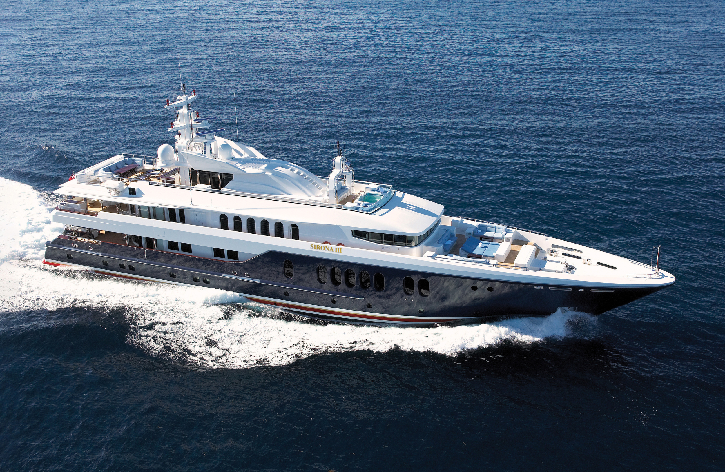 SIRONA III charter specs and number of guests