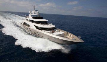 La Pellegrina yacht Charter Price