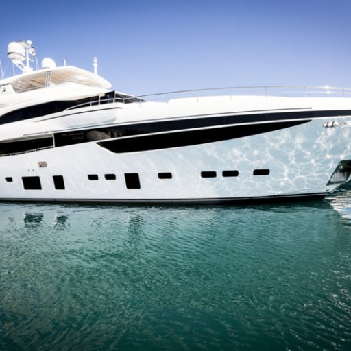 MIRAGE IV yacht