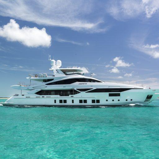 CHEERS 46 yacht