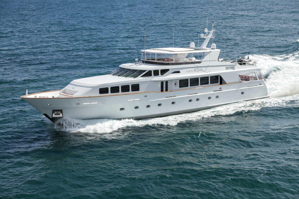 HAVEN yacht Brochure