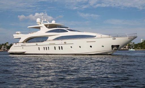 MOMENTO.   2006 Azimut 116 @ Italy yacht