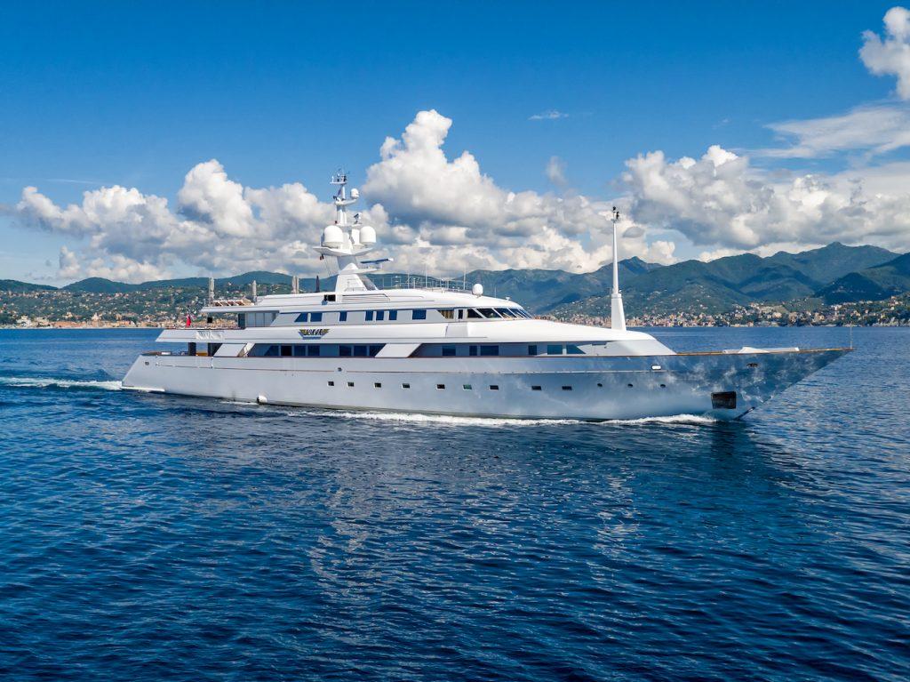 SOKAR yacht Brochure
