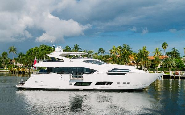 HIDEOUT yacht For Sale