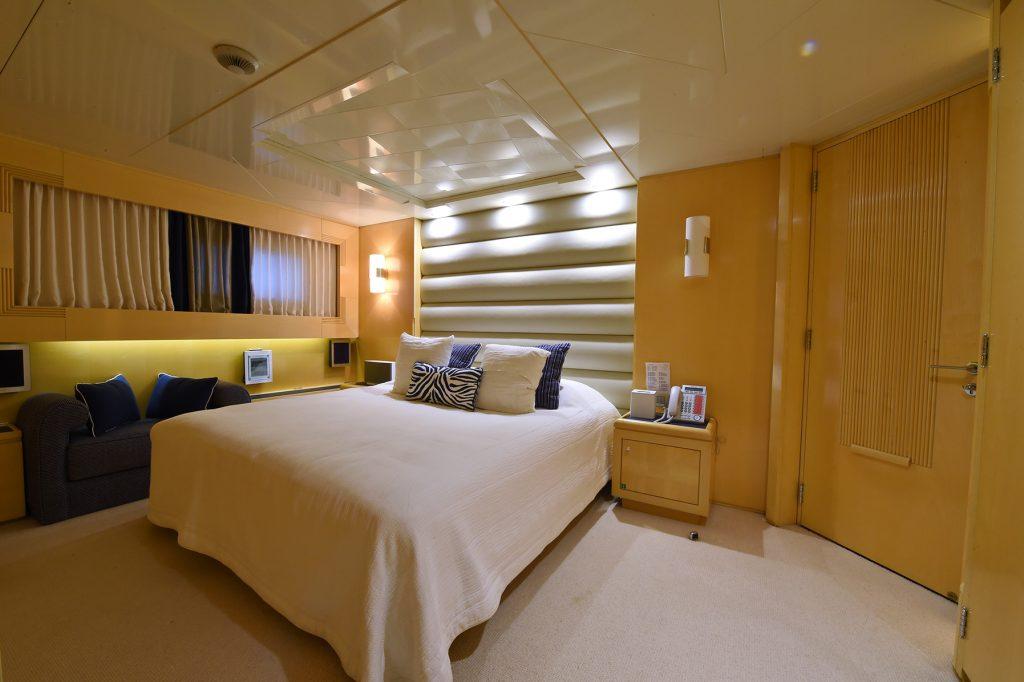 AMORE MIO 2 yacht
