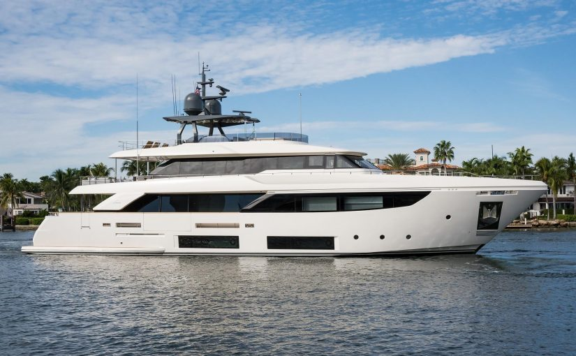 Navetta 33 M Custom Line yacht For Sale
