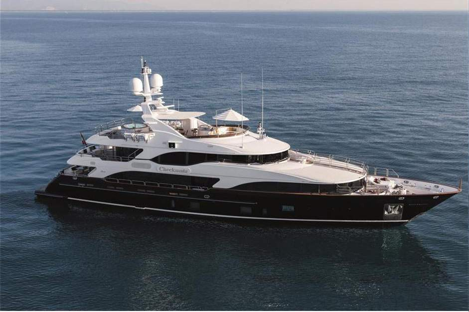 CHECKMATE yacht Brochure