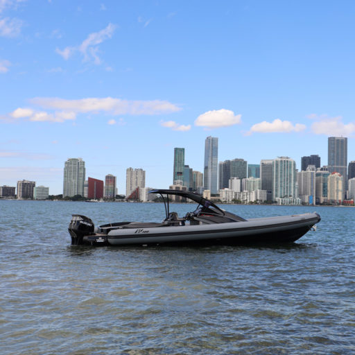 PY100 yacht