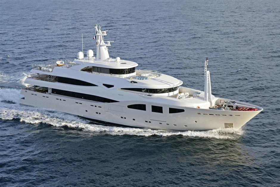 Maraya yacht Brochure
