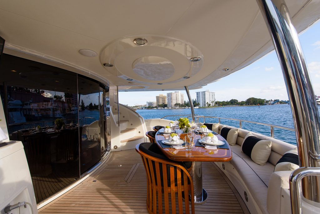 LEADING FEARLESSLY yacht