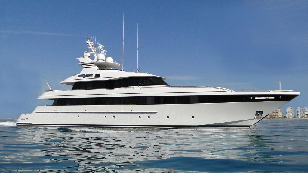 SEA RACER yacht Brochure