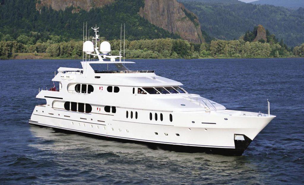 ELISA yacht Brochure