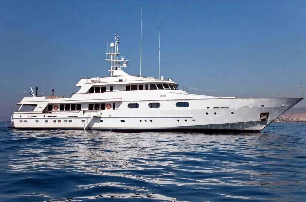 X yacht Brochure