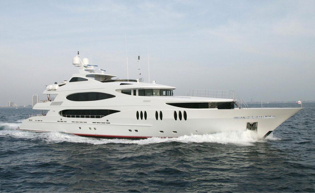 LOHENGRIN yacht Brochure