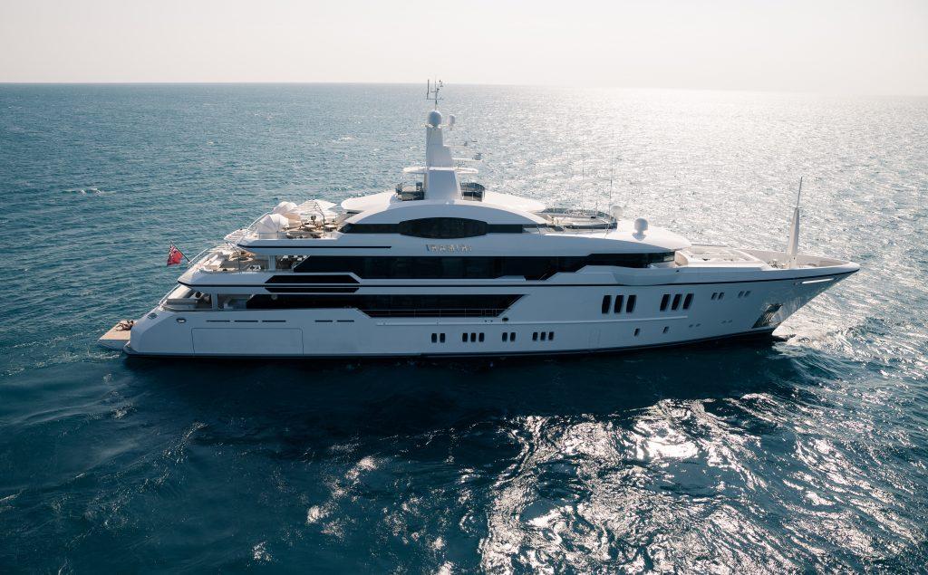 IRIMARI yacht Brochure