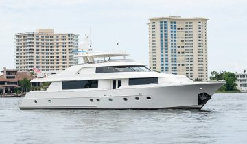 WILD KINGDOM yacht