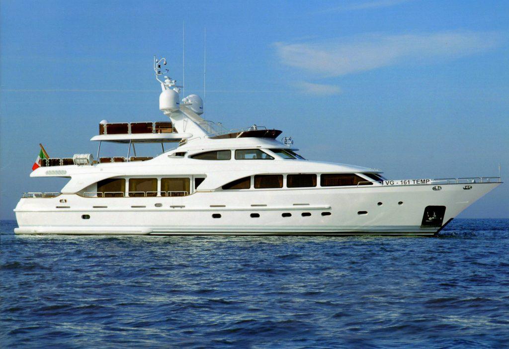 RUTLI E yacht Brochure