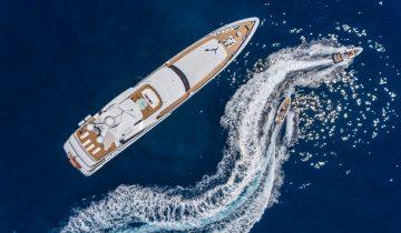 LARISA yacht