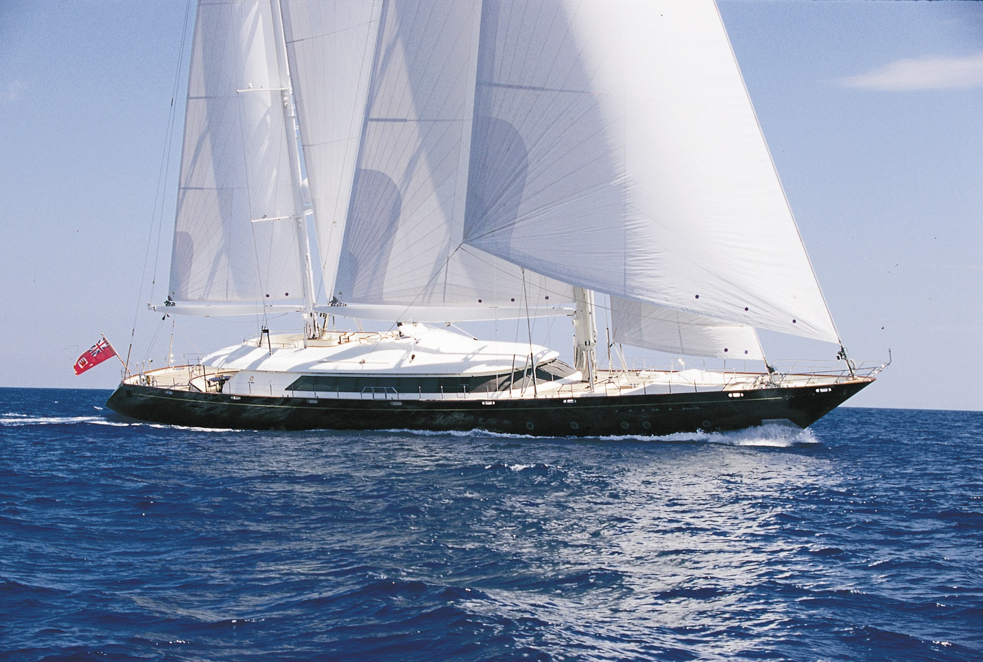 PHRYNE specs with detailed specification and builder summary