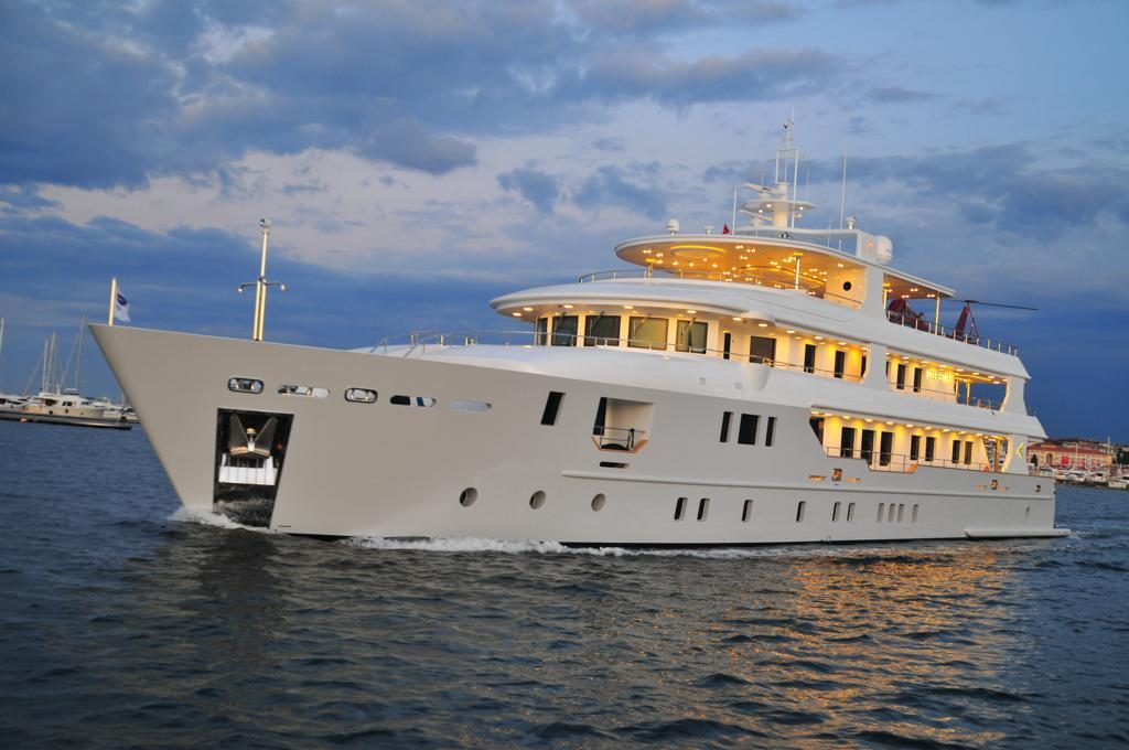 Palmarina yacht Brochure