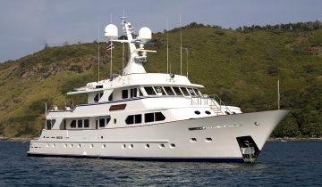 MAVERICK yacht