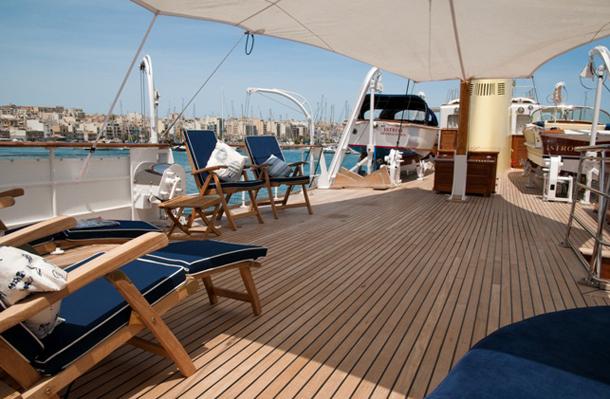 ISTROS yacht