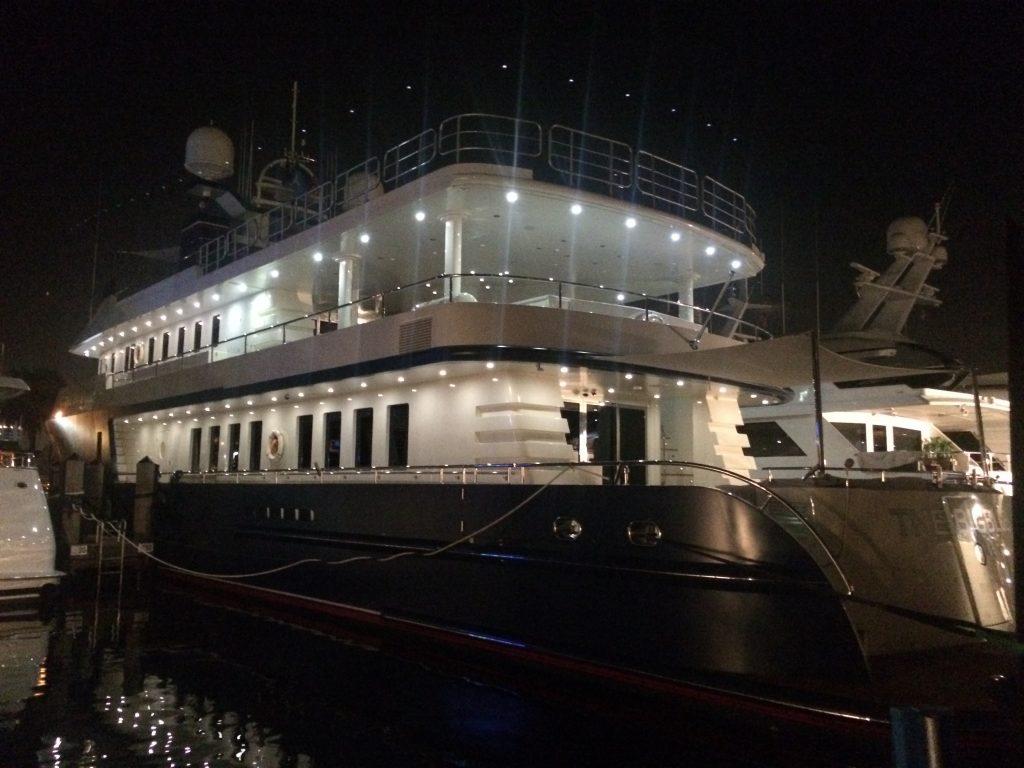 THE BIG BLUE yacht