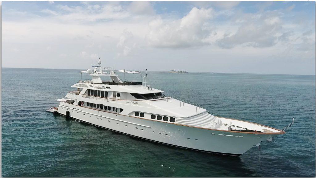 GRAND ILLUSION yacht