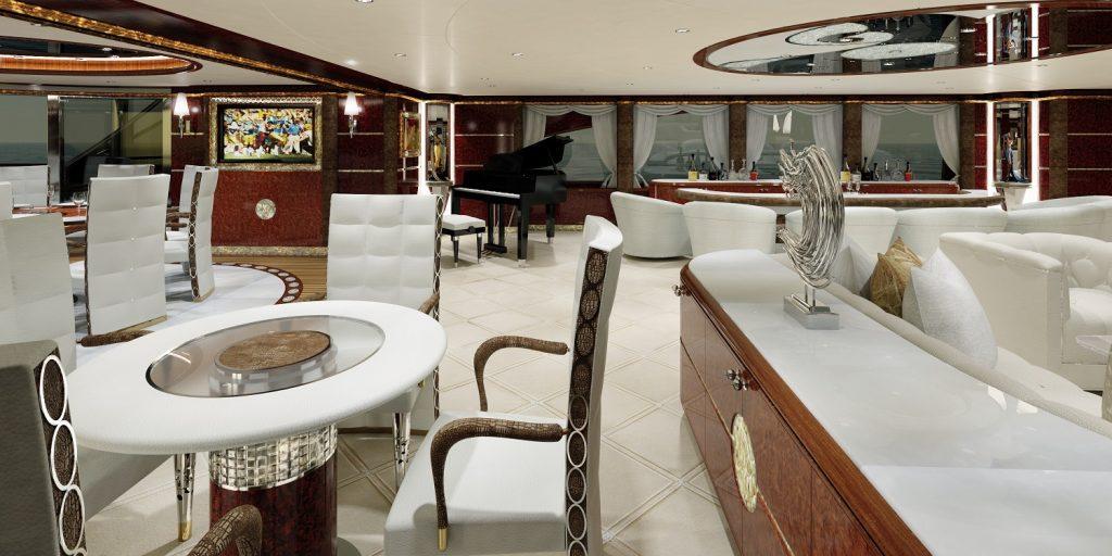 AQUILA 72M yacht