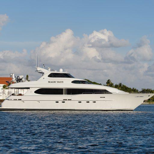 MAGIC DAYS yacht