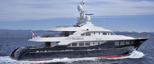 Hakvoort yachts for sale where you can find a hakvoort yacht for charter