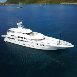 HUNTRESS yacht for sale