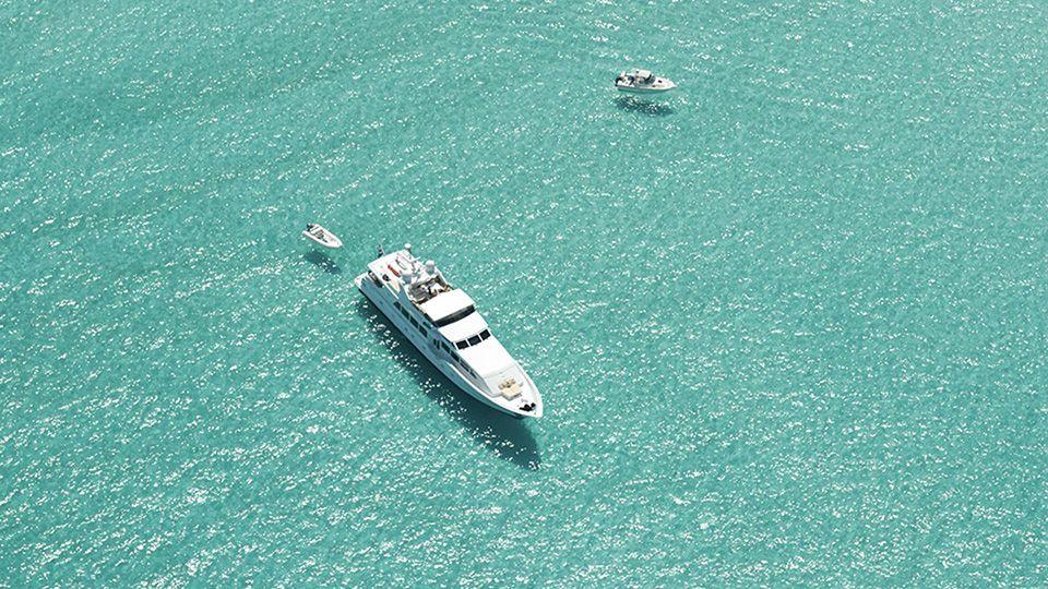 yacht charter fleet